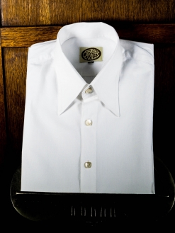 A White Spearpoint Poplin Shirt