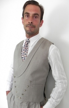 A Lightweight Bronze And Cream Herringbone V-Front Waistcoat